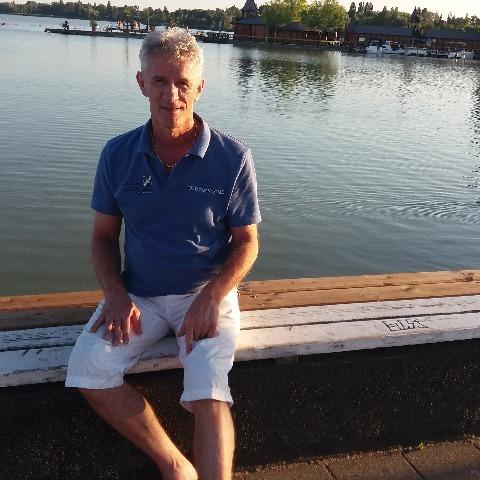 Tamás, 62 éves társkereső férfi - Budapest