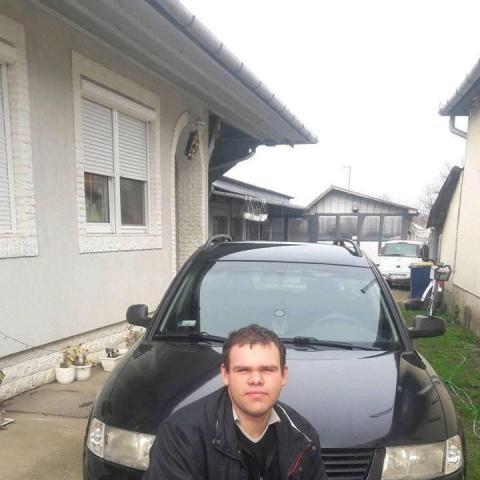 András, 25 éves társkereső férfi - Ibrány