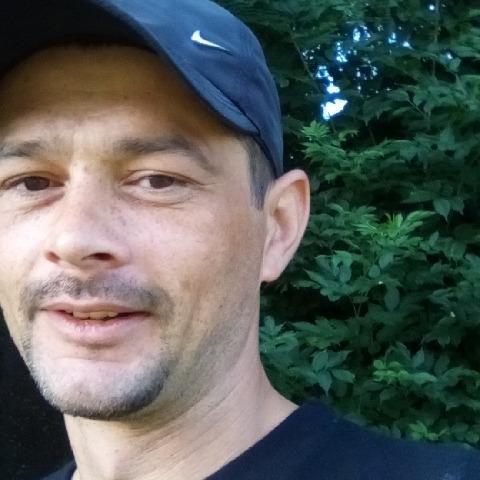 Imre, 36 éves társkereső férfi - Tiszadob