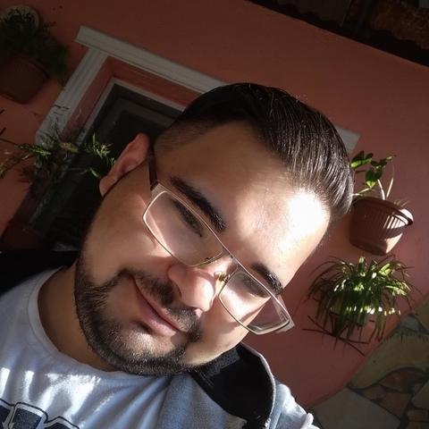 Alex, 22 éves társkereső férfi - Dombrád
