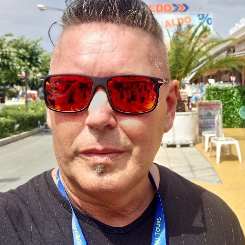 Péter, 49 éves társkereső férfi - Budapest
