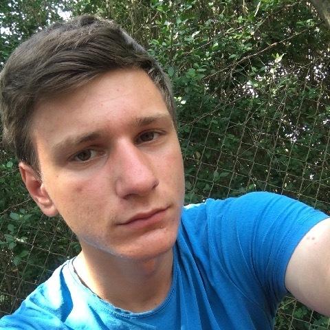 Martin, 17 éves társkereső férfi - Baktalórántháza